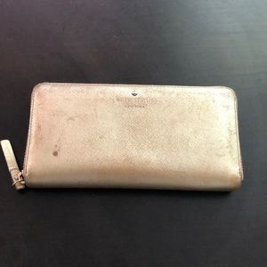 ⬇️⬇️⬇️ Authentic Kate Spade Wallet